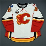 Nystrom, Eric<br>White Set 1<br>Calgary Flames 2009-10<br>#23 Size: 56