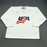 Gilbert, Tom * <br>White, U.S. Olympic Mens Orientation Camp Worn Jersey, Signed<br>USA 2009<br>#77 Size: XL