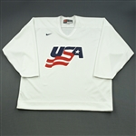 Langenbrunner, Jamie * <br>White, U.S. Olympic Mens Orientation Camp Issued Jersey, Signed<br>USA 2009<br>#15 Size: XL
