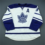 Komisarek, Michael<br>Third Set 1 w/A<br>Toronto Maple Leafs 2009-10<br>#8 Size: 58+