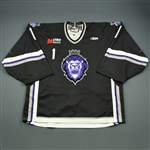 Engelage, Andrew<br>Black Set 1<br>Reading Royals 2009-10<br>#1 Size: 58G