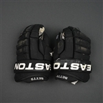 Betts, Blair * <br>Easton Gloves<br>Philadelphia Flyers 2009-10<br>#11