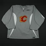 Reebok<br>Gray Practice Jersey<br>Calgary Flames 2008-09<br>#NA Size: 56