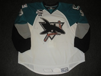 Dakers, Taylor<br>White Set 1 w/ 2009 AHL All-Star Classic patch<br>Worcester Sharks 2008-09<br>#39 Size: 58G
