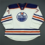 Belov, Anton<br>White Retro Set 3<br>Edmonton Oilers 2013-14<br>#77 Size: 58+