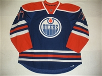 Belov, Anton<br>Blue Retro Set 3<br>Edmonton Oilers 2013-14<br>#77 Size: 58+
