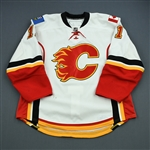 Backlund, Mikael<br>White Set 2<br>Calgary Flames 2010-11<br>#11 Size: 56