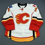 Backlund, Mikael<br>White Set 3<br>Calgary Flames 2010-11<br>#11 Size: 54