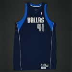 Nowitzki, Dirk * <br>Navy Set 1 - Worn in 17 games - Photo-Matched to  4 Games<br>Dallas Mavericks 2008-09<br>#41 Size: 54+4