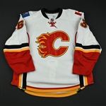 Peters, Warren<br>White Set 1 (NHL Debut) (RBK Version 2.0)<br>Calgary Flames 2008-09<br>#63 Size: 58