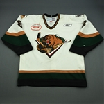 Carroll, Marcus<br>White Set 1 w/ Inaugural Season at Maverik Center Patch<br>Utah Grizzlies 2010-11<br>#8 Size: 54