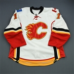 Backlund, Mikael<br>White Set 1<br>Calgary Flames 2010-11<br>#11 Size: 56