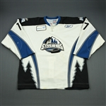King, Tristan<br>White Set 1<br>Idaho Steelheads 2010-11<br>#17 Size: 56