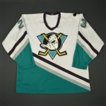 Houlder, Bill * <br>White Set 2- Inaugural Season w/ FGW patch<br>Anaheim Ducks 1993-94<br>#23 Size: 54