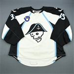 Engren, Atte *<br>White - Photo-Matched<br>Milwaukee Admirals 2011-12<br>#35 Size: 58+G