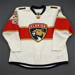 Huberdeau, Jonathan *<br>White Set 1 w/ Centennial Patch  - Photo-Matched<br>Florida Panthers 2016-17<br>#11 Size: 56