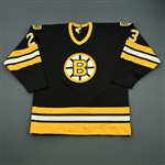 Simmer, Charlie *<br>Black - Restored Namplate - Video-Matched and Photo-Matched - <br>Boston Bruins 1985-86<br>#23 Size: N/A