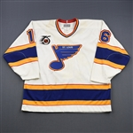 Hull, Brett *<br>White - w/ NHL 75th Patch - Photo-Matched<br>St. Louis Blues 1991-92<br>#16 Size: 52