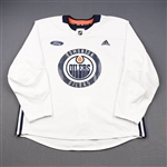 adidas<br>White Practice Jersey w/ Ford Patch <br>Edmonton Oilers 2018-19<br># Size: 58