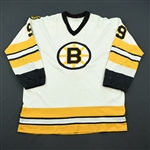 Bucyk, Johnny *<br>White w/C Removed - Photo-Matched<br>Boston Bruins 1976-77<br>#9 Size: 46