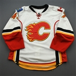 Baertschi, Sven *<br>White Set 1- Photo-Matched<br>Calgary Flames 2013-14<br>#47 Size: 54