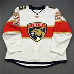 Petrovic, Alex *<br>White Set 1 w/NHL Centennial patch- Photo-Matched<br>Florida Panthers 2017-18<br>#6 Size: 58
