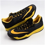 Iguodala, Andre *<br>Nike Zoom PE - April 5, 2015 @ San Antonio Spurs<br>Golden State Warriors 2014-15<br>#9