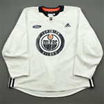 adidas <br>White Practice Jersey w/ Ford Patch<br>Edmonton Oilers 2019-20<br> Size: 56