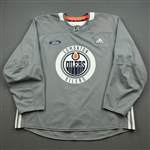 adidas <br>Gray Practice Jersey w/ Ford Patch<br>Edmonton Oilers 2019-20<br> Size: 58